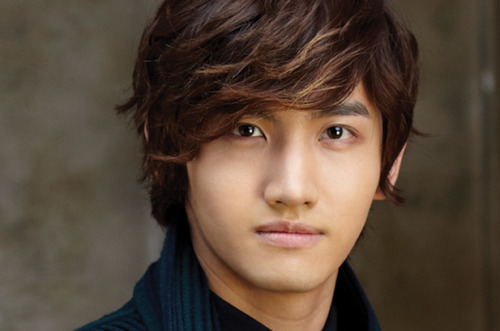Changmin to play crown prince in his first period drama SWWN