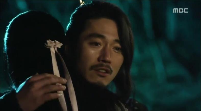 reunion embrace wang so shin yool gaebong